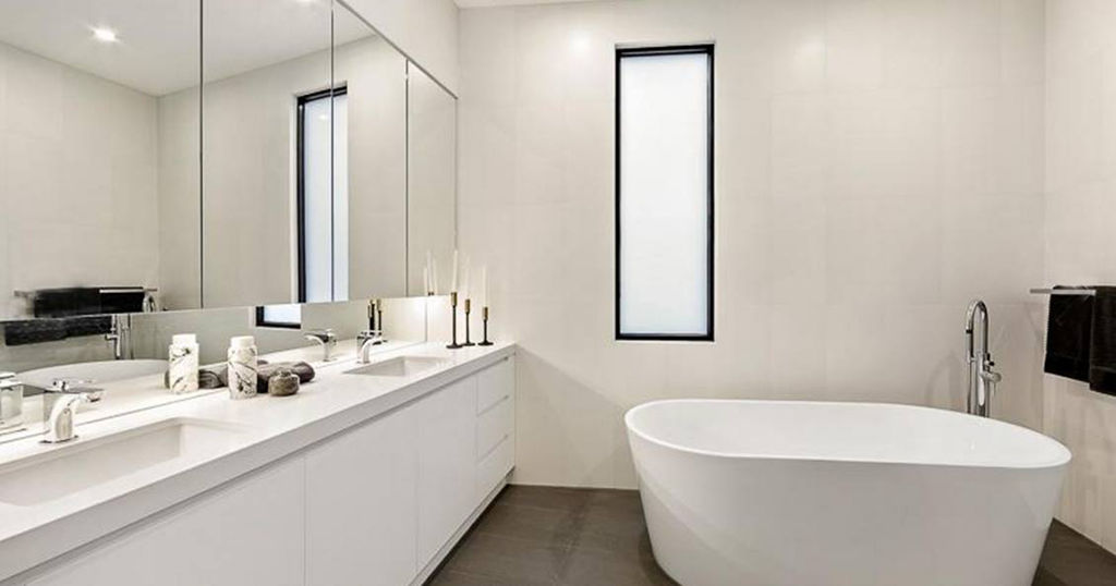 Small But Stylish 10 Tips To Make Your Small Bathroom Work: Bathroom Designs, Ideas, Inspiration, Gallery, Tips & Trends