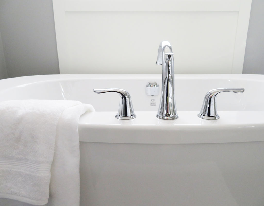 Choosing A Freestanding Bath - Tapware