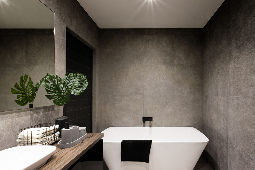 Freestanding Bath vs Inset Bath