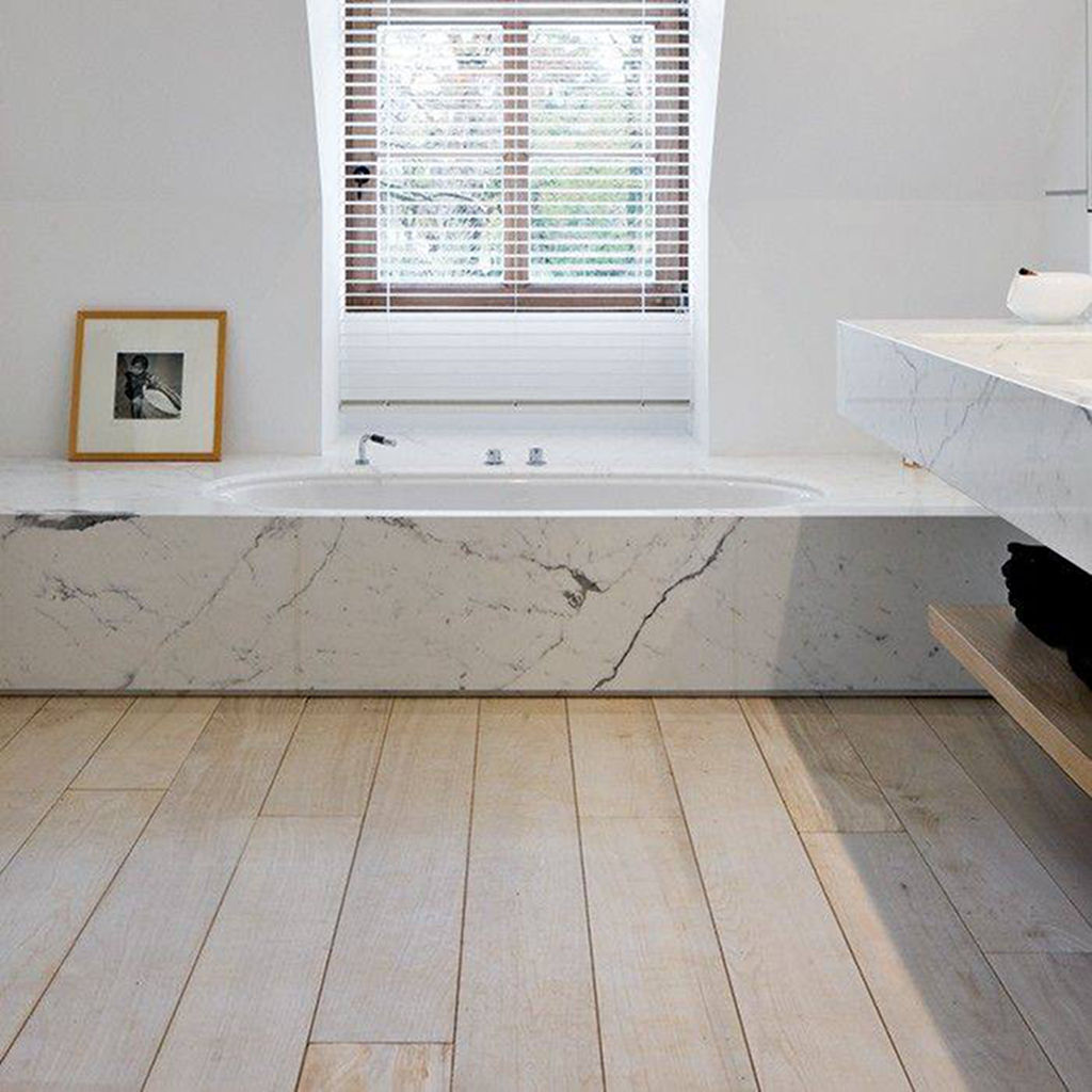 Freestanding Bath vs Inset Bath - Inset Bath